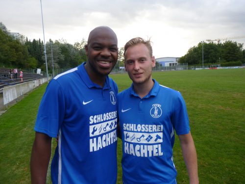 Foto: kri Vorlagengeber Yannick Ngalene Ngami und Torschütze Maximilian Habl