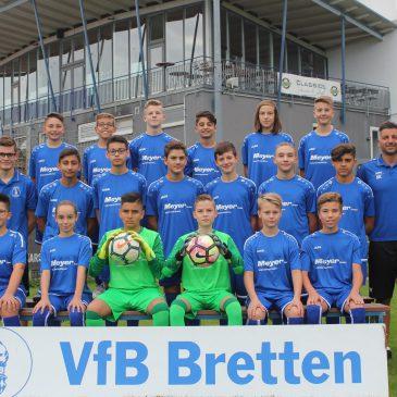 Großzügiger Sponsor für die U-14 des VfB Bretten